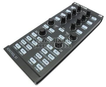 купить Звуковая плата Native Instruments TRAKTOR KONTROL X1(RTL)